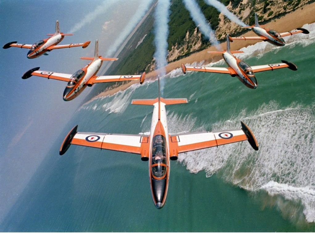 The Roulettes first air show was at Point Cook in Dec 1970. Their last air show using the Macchi was at Lakes Entrance in June 1989.